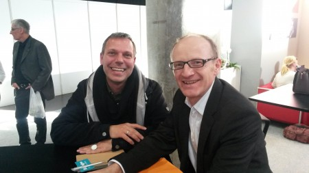 Ingo Hampe, one of the coaching session winners, with one of the Beemgee founders, Olaf Bryan Wielk.